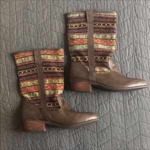 Steve Madden 9.5 brooks leather textile boots